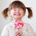 قصة الطفل وقطعة الحلوي رائعة ومميزة جداً بقلم أنيس منصور