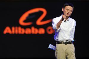 قصص قصيرة حقيقية قصة رجل بدأ من 12 دولار فقط وأصبح أغني رجل في الصين
