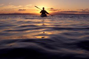 سر البحر الهادئ حكاية طريفة من تأليف : ياسر الشربتلي
