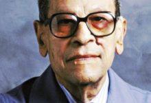 الكاتب نجيب محفوظ