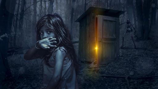 طفلة خائفة ومرعوبة.