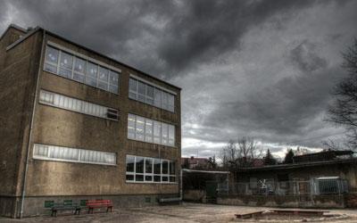 قصة مرعبة في المدرسة