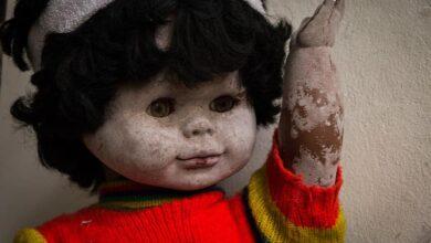 دمية طفل مخيفة جدا