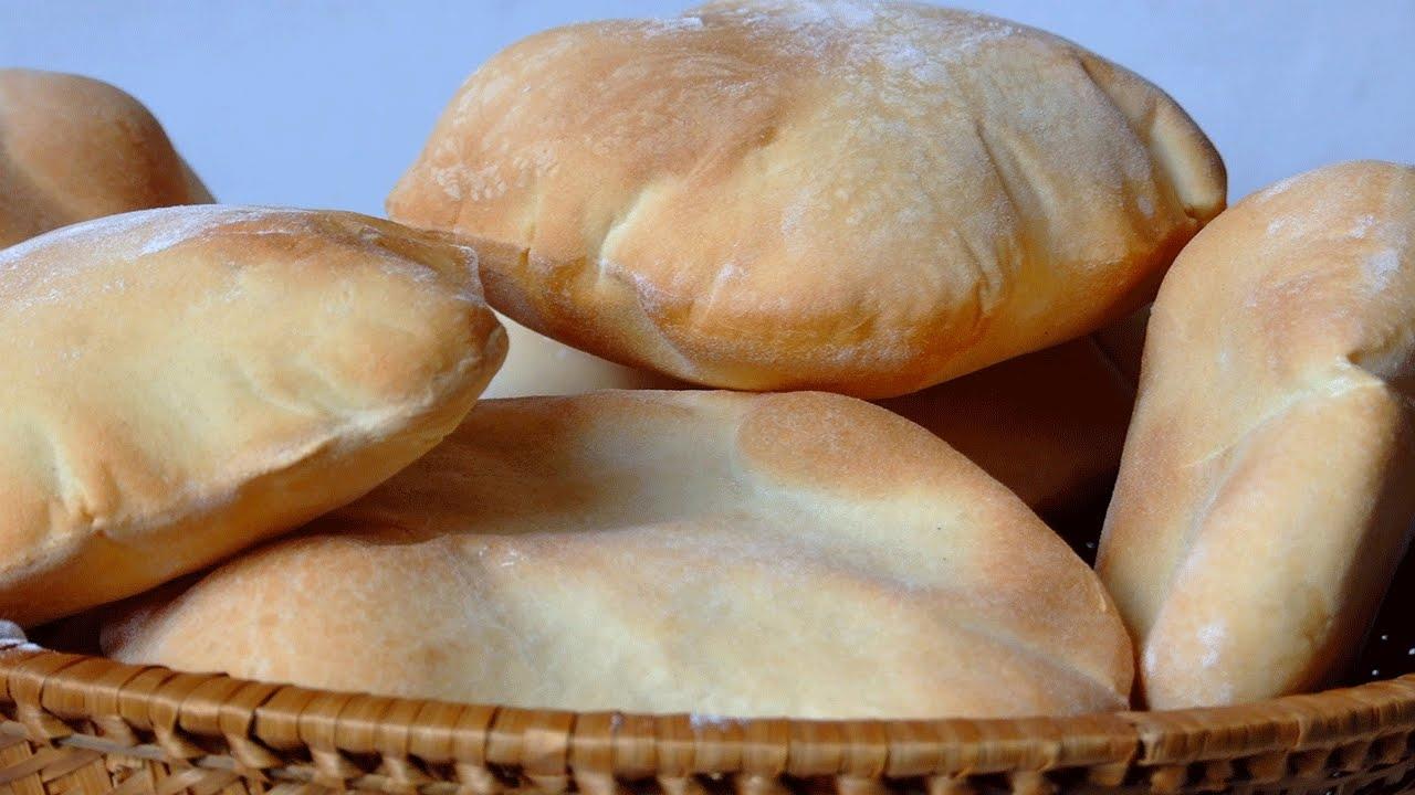 أرغفة خبز