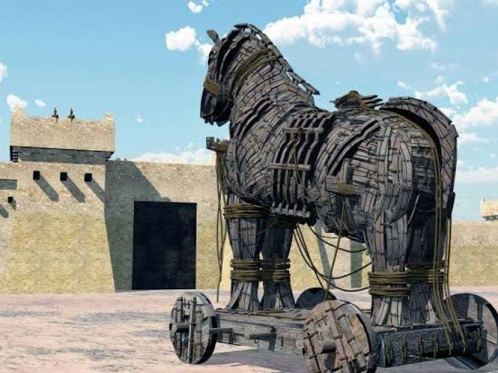 حصان خشبي